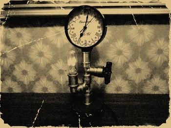 Часы - лампа