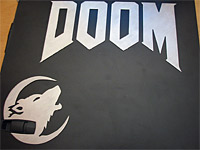 Левая крышка моего компьютера; После долгих ночей игры в DOOM III :)