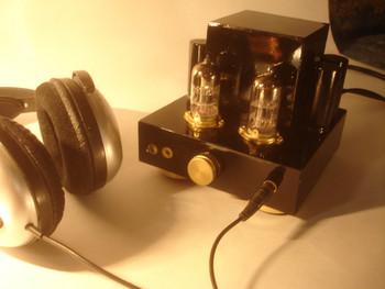 Недавно появилось желание собрать ламповый усилитель и послушать этот самый мифический тёплый ламповый звук)...