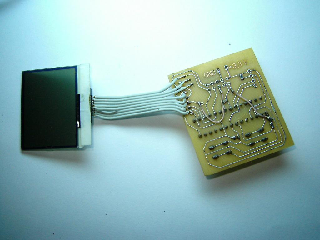Нам необходимо запрограммировать наш микроконтроллер ATMEGA8.  Для программирования нам надо собрать несложный...