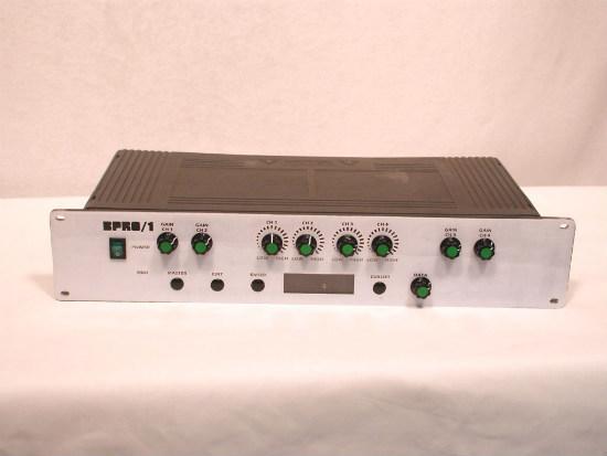 Блок схема синтезатора частоты приведена на рис 1 рис 1 принцип действия синтезатора основан на сравнении двух частот...